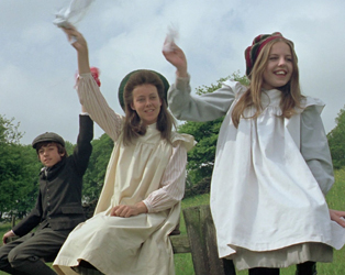 IFI FAMILY: THE RAILWAY CHILDREN